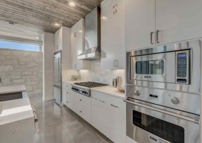 Texas-Ranch-Home-Kitchen-Rough-Creek-Lodge-Model-Home-for-Sale